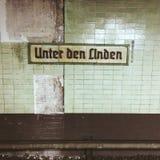 Estação de trilho Berlim do u-bahn do Tor de Brandenburger Imagens de Stock Royalty Free