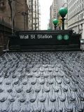 Estação de Wall Street - dia chuvoso imagens de stock royalty free
