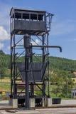 Estação do guindaste da água do vintage para locomotivas de vapor fotos de stock