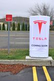 Estação do recharge do carro bonde de Tesla em Danbury foto de stock