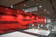 A estação maciça a mais atrasada de Bukit Bintang do trânsito rápido do MRT Fotografia de Stock