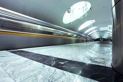 Estação pública espaçoso do mármore do metro Foto de Stock