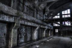 Estação trollay abandonada do reparo do poço da mina fotografia de stock