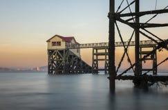 A estação velha do barco salva-vidas em murmura, Gales do Sul foto de stock