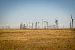 Estações das energias eólicas fotos de stock