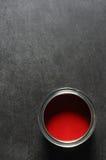 Estaño rojo de la pintura Imagenes de archivo