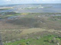 Campos petrolíferos abaixo fotografia de stock