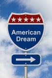 Esta manera de conseguir la señal de tráfico del sueño americano imagenes de archivo