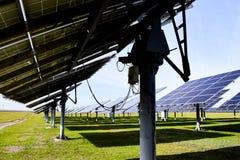 Esta??o solar grande em um dia claro imagem de stock royalty free