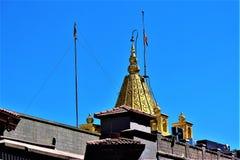 Estaban lugar los templos de Shirdi Sai en la India piadoso donde praing a dios imagen de archivo
