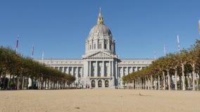 Estabelecendo o tiro San Francisco City Hall Building video estoque