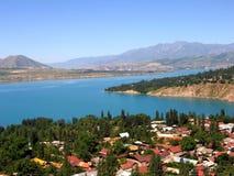 Establecimiento y lago Fotos de archivo