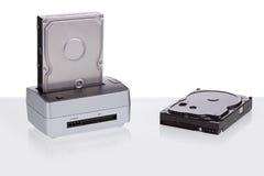Estación de acoplamiento del disco duro para la transmisión de datos Fotografía de archivo libre de regalías