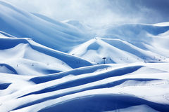 Estación de esquí de la montaña del invierno Imagen de archivo libre de regalías