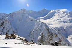 Estación de esquí en el monte Elbrus Imagen de archivo libre de regalías