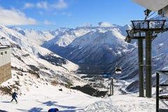 Estación de esquí en el monte Elbrus Fotos de archivo libres de regalías