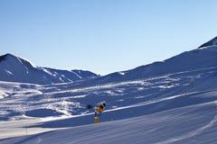 Estación de esquí en la madrugada Fotografía de archivo libre de regalías