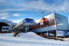 Estación de esquí inferior de Jasna Tatras en Eslovaquia Foto de archivo