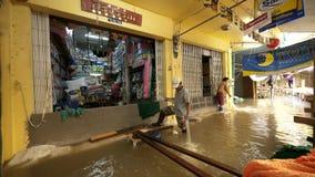 Estación de la monzón en Ayuttaya, Tailandia 2011 Fotografía de archivo libre de regalías