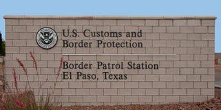 Estación de la patrulla fronteriza, muestra de la entrada principal de El Paso Tejas imagen de archivo libre de regalías