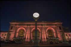 Estación de la unión, Kansas City, edificios, noche Imagen de archivo