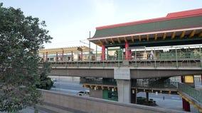 Estación de metro de Chinatown en Chinatown almacen de metraje de vídeo