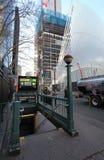 Estación de metro de Nueva York y 9/11 monumento EE.UU. Imagenes de archivo