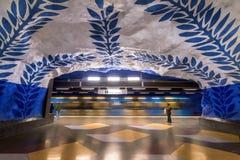 Estación de metro de T-Centralen en Estocolmo, Suecia Foto de archivo libre de regalías