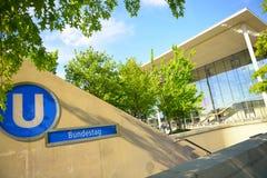 Estación de metro del Parlamento alemán Foto de archivo
