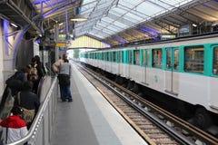 Estación de metro en París Imágenes de archivo libres de regalías