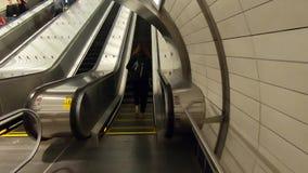 Estación de metro de Nueva York en Hudson Yards -5 almacen de metraje de vídeo