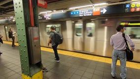 Estación de metro de Nueva York en Hudson Yards -2 almacen de metraje de vídeo