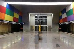 Estación de metro vacía imágenes de archivo libres de regalías