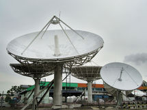 Estación de recepción por satélite Fotos de archivo