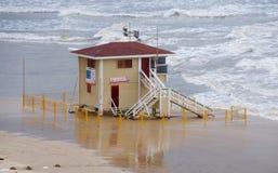 Estación de socorro en el mar. fotografía de archivo libre de regalías