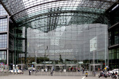 Estación de tren central Berlín Imagen de archivo libre de regalías