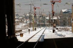 Estación de tren de Leipzig, Alemania en nieve Foto de archivo libre de regalías