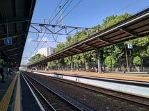 Estación de tren en Indonesia Foto de archivo libre de regalías