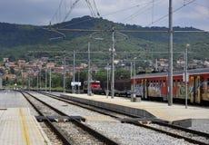 Estación de tren en Italia septentrional Imágenes de archivo libres de regalías