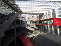 Estación de tren moderna de la arquitectura Fotografía de archivo libre de regalías