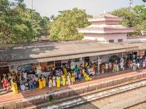 Estación de tren de Varkala, Kerala, la India foto de archivo libre de regalías