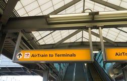 Estación del aeropuerto internacional de la libertad de Newark Imágenes de archivo libres de regalías
