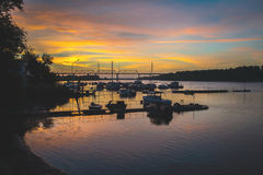 Estación del barco en el amanecer Fotografía de archivo libre de regalías