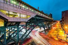 Estación del eje del carril del viajero, en Harlem, NYC Foto de archivo libre de regalías