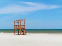Estación del salvavidas en la playa Fotos de archivo