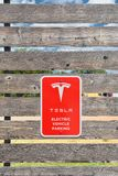 Estación del sobrealimentador de Tesla en el trébol, Tejas Imagenes de archivo