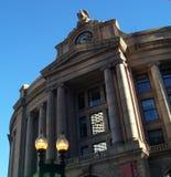 Estación del sur con el cielo azul Boston imágenes de archivo libres de regalías