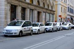 Estación del taxi Fotografía de archivo libre de regalías