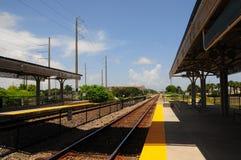 Estación exterior del tren Fotos de archivo