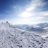 Estación superior del ferrocarril aéreo en estación de esquí fotografía de archivo libre de regalías